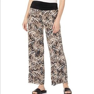 AGB women's wide leg pull on pant multicolor large